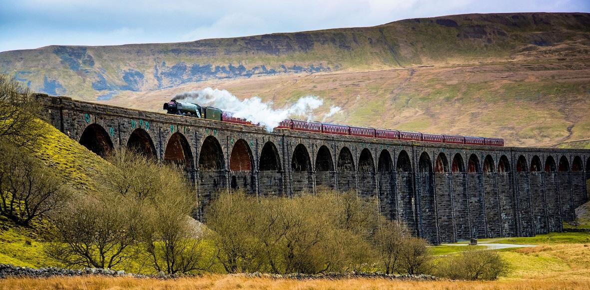 Flying Scotsman Crossing Ribblehead Viaduct
